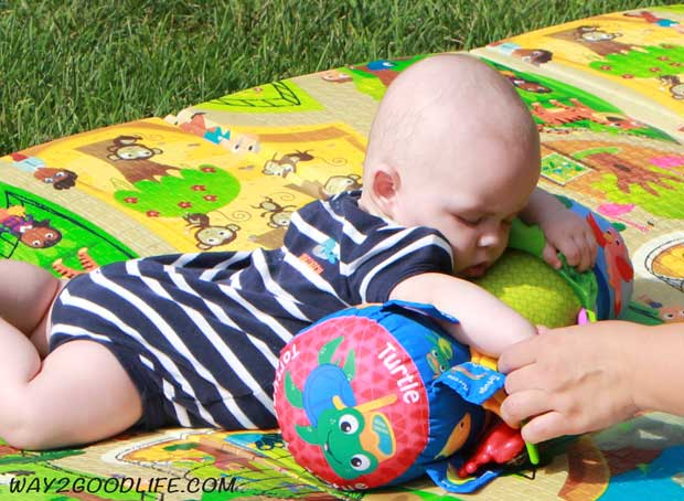 Baby-outdoors