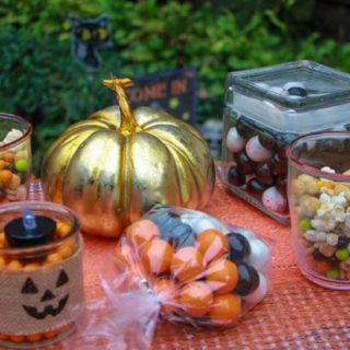 Easy Halloween for Busy Moms and Kids + Sweet Giveaway 10/15