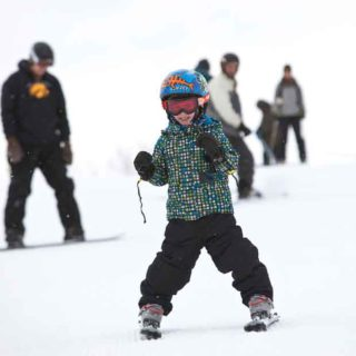 Top 5 Healthy Benefits of Skiing and Snowboarding in the Midwest