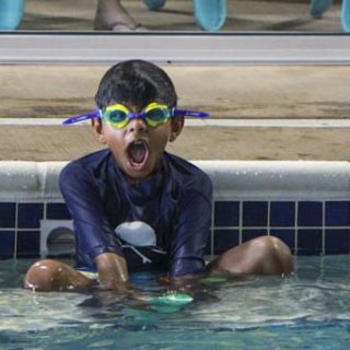 Is My Toddler Ready to Swim on His Own?
