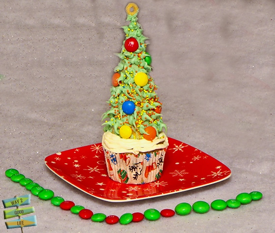Christmas Tree Cupcake pixel art #shop