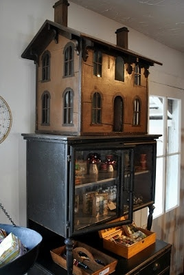 Crazy Doll House