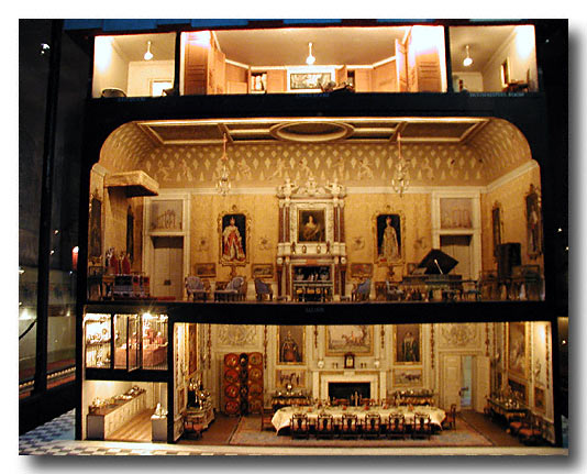 Queen Mary Doll House - Crazy Doll Houses