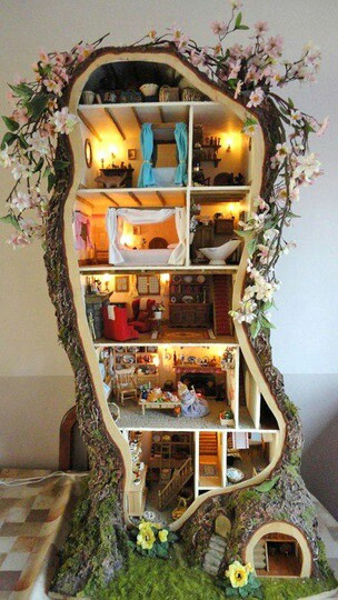 Tree House - Crazy Doll Houses