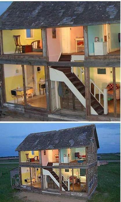 crazy doll houses - barn