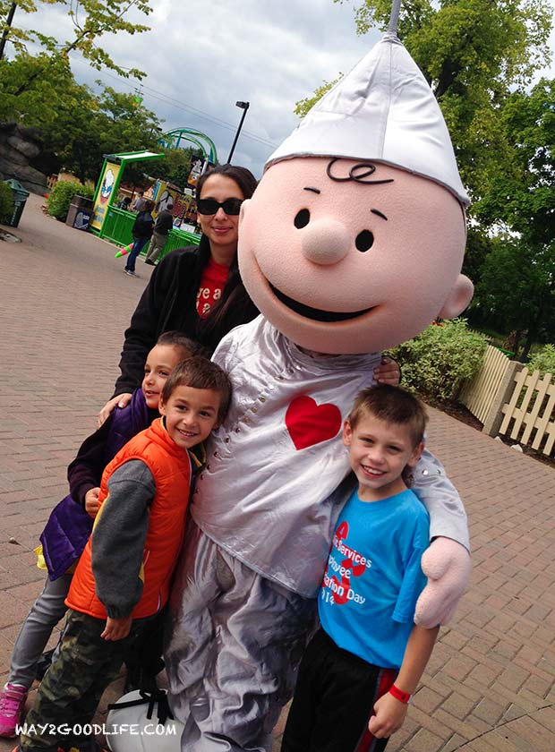 Cedar-Point-Charlie-Brown