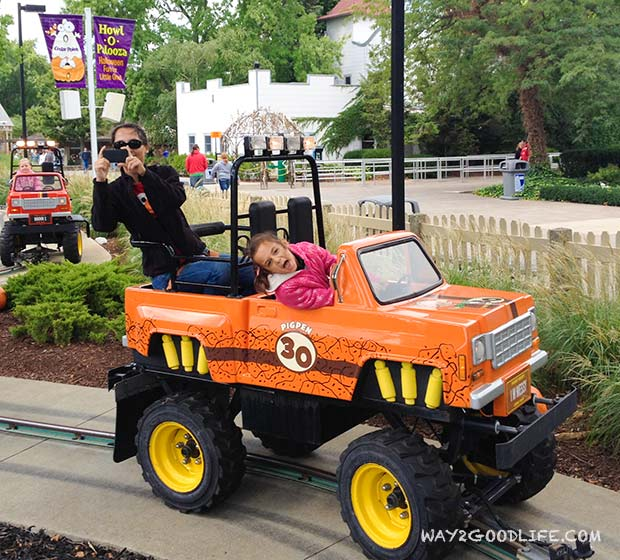 Cedar-Point-Jeep-Riding_2