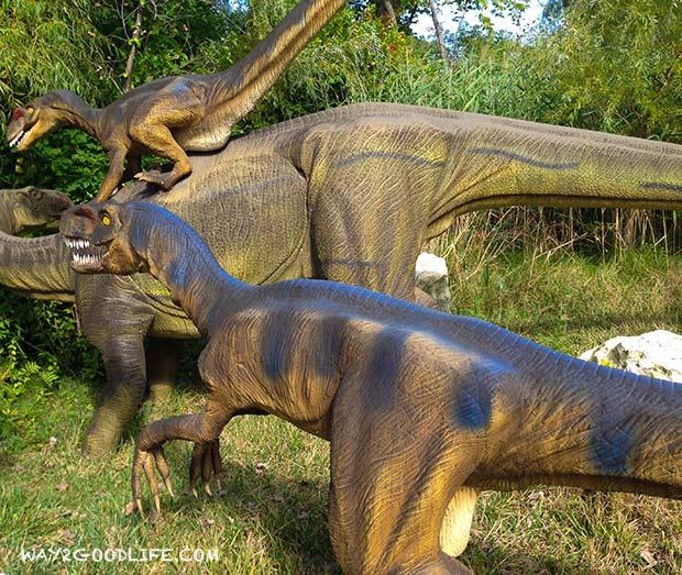 Cedar-Point-dinasaurs
