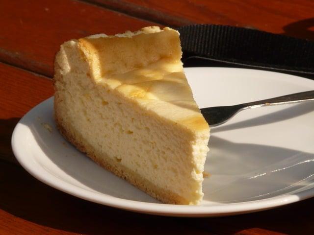 Gluten Fee Italian Cheesecake