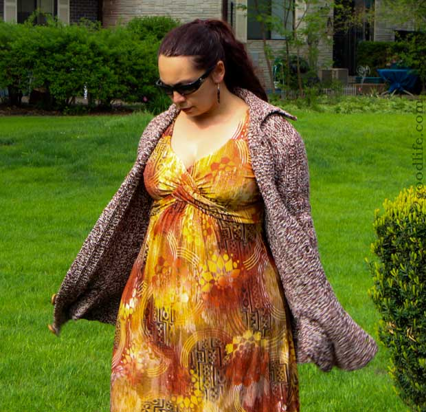 Fabulous Everyday Moms after 40: combine fall color dress with cardigan