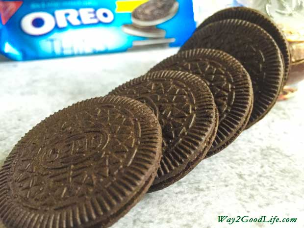 OREO-Cookie-stack-2