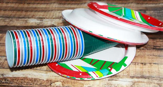 Xmas-Plates-cups