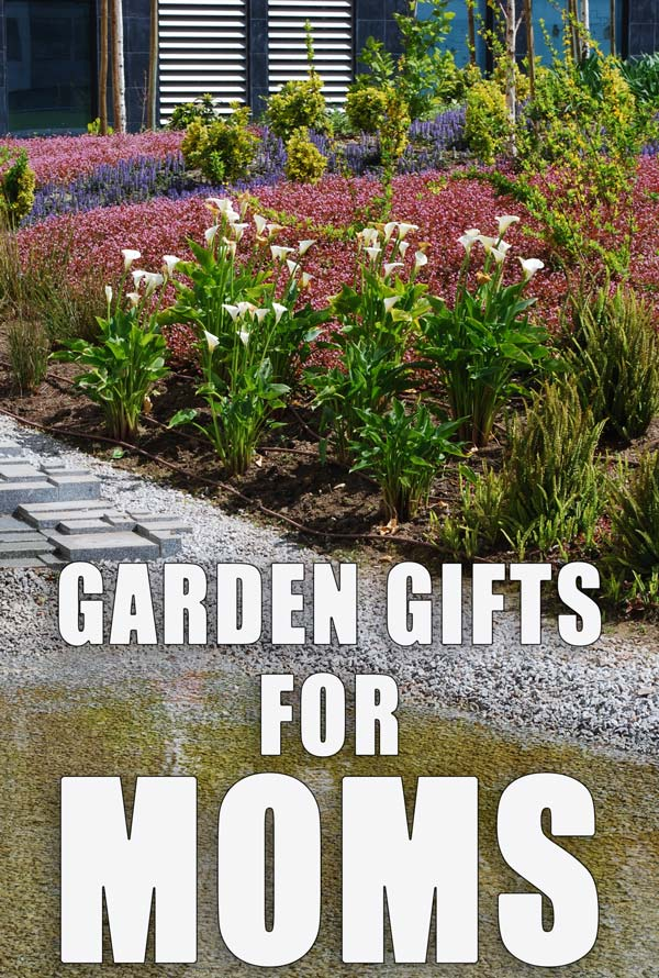 FIND A PERFECT GARDEN GIFT FOR MOMS with these ides #MothersDay #giftidea #Way2GoodLife #mothersdaygift #gardenideas
