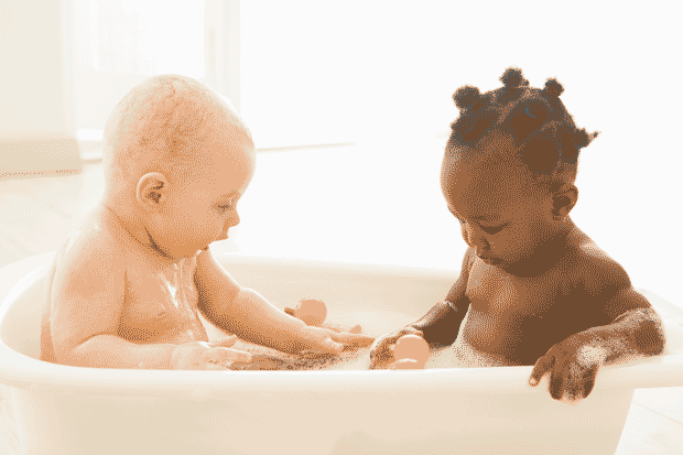 babies-in-bathtub