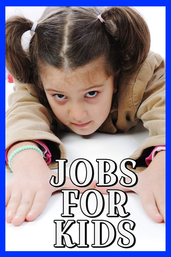 There are so many ways for teenager to earn money but can your kids under 13 find a job #jobsforkids #teenjobs