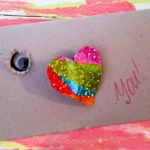 Monster Card Tutorial to give your kids a fun new way to give a gift to their friends for Valentine's Day! #way2goodlife #Valentinesday #familycraft