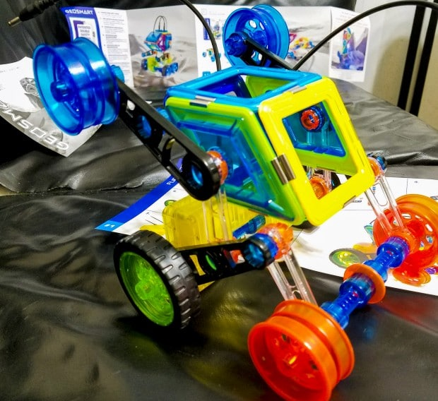 GeoSmart Bot toy assembled