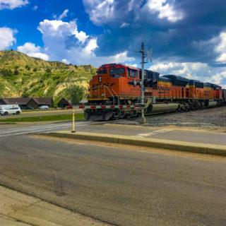 Train going through medora